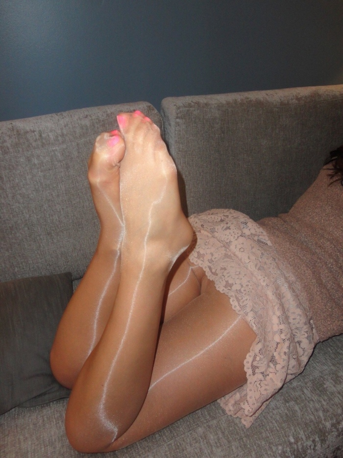 Pantyhose In High Gloss